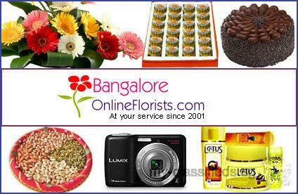 Give a cheerful surprise to your loving mom in the form of flowers and gifts on Mother's Day